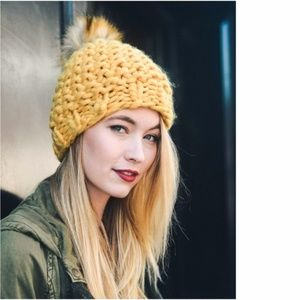 poof // chunky knit pom pom beanie hat yellow